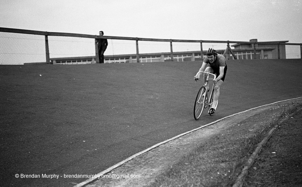 11-19.5.71 Track Meeting481